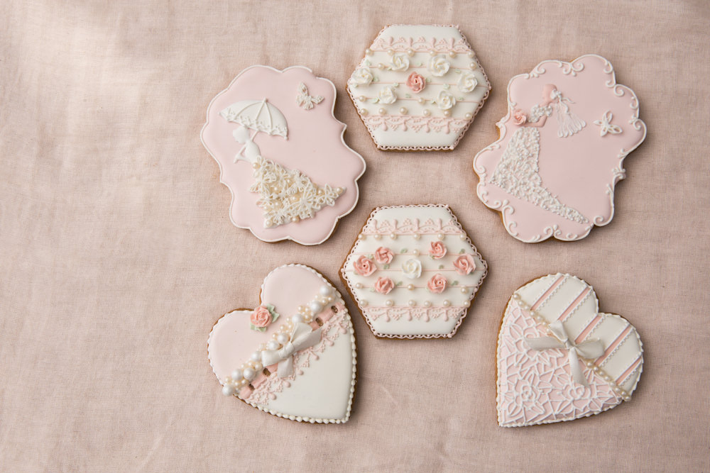 beautiful bespoke wedding favours given to wedding guests