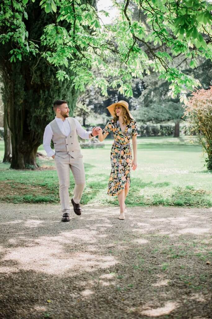 couple at wedding weekend in Tuscany